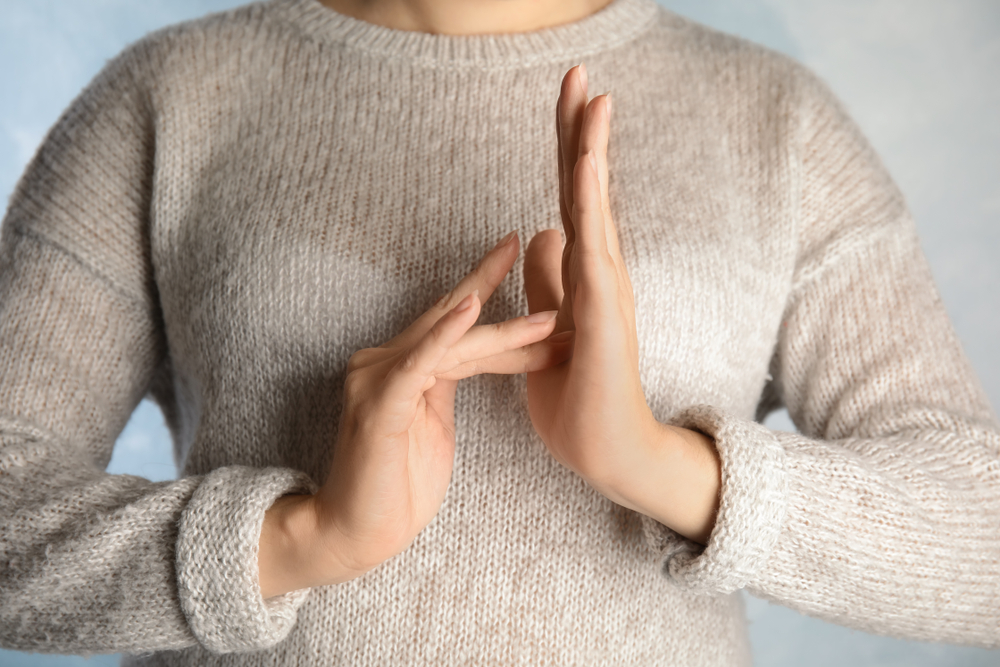 Qui utilise la langue des signes ?